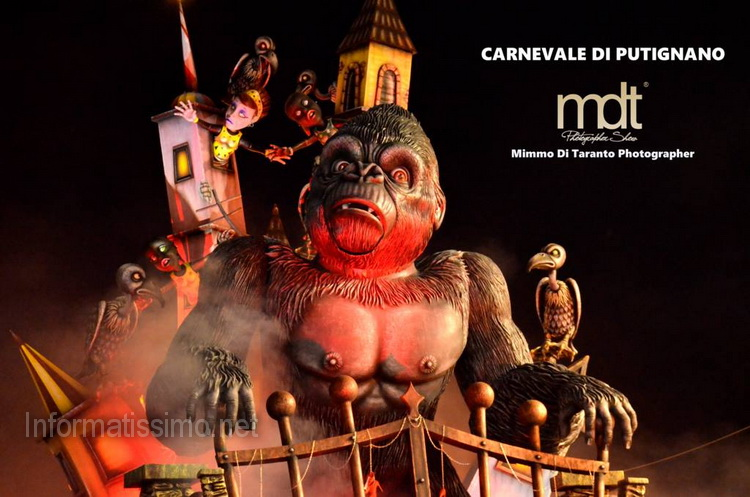 Carnevale_2017_-_Carri_sul_tema_Mostri