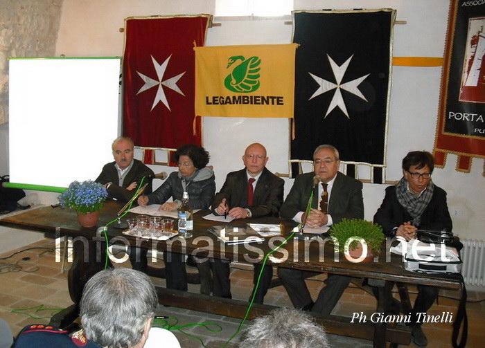 Barsento_relatori_tavola_rotonda_-_foto_Gianni_Tinelli