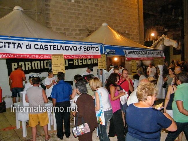 Carnevale_estivo_area_capannoni__stand_gastronomia
