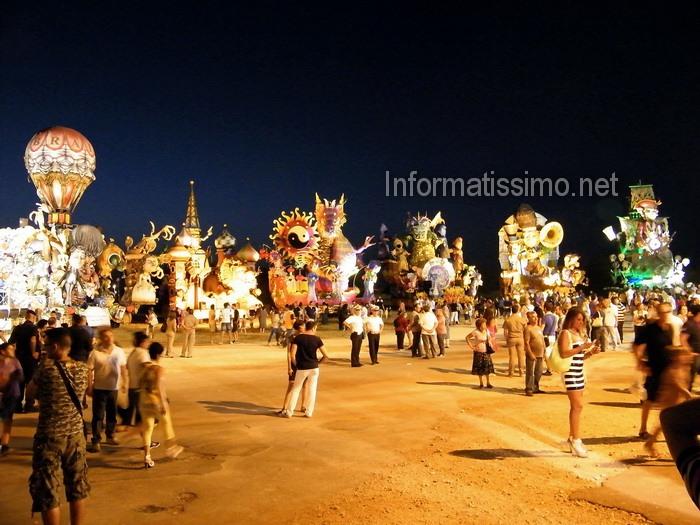 Carnevale_estivo_capannoni