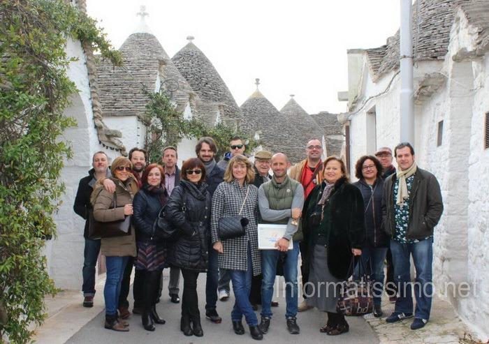 Carnival_Project_Ass._Elba_e_delegazione_ad_Alberobello