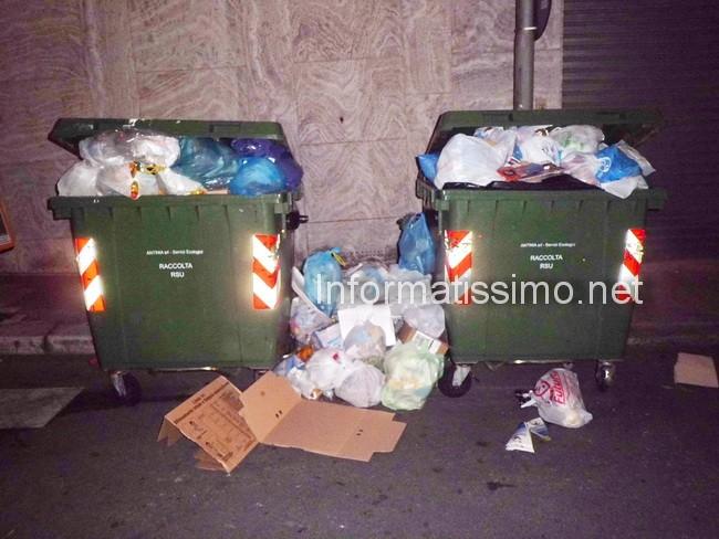 Cassonetti_stacolmi_da_mercoled