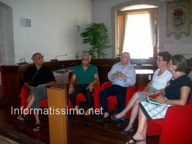 Compagnia_delle_Donne_conf_stampa_le_2_croci_x_lEmilia_