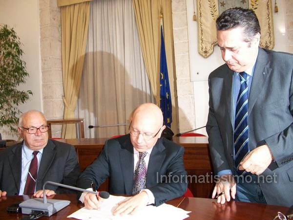 Confartigianato_-_sindaco_firma_protocollo_low