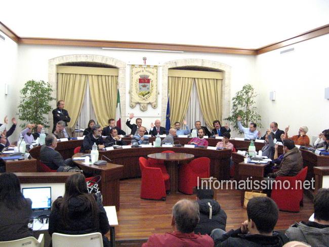 Consiglio_comunale_voto