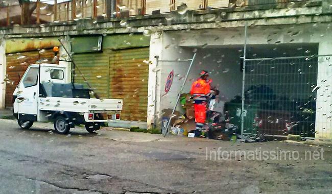 Discarica_Piazza_Berlinguer3