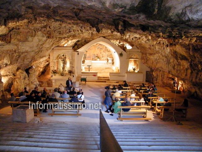 Grotta_S.Michele_Arcangelo