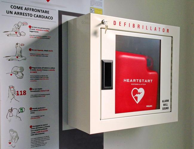 Ianus_Defibrillatori
