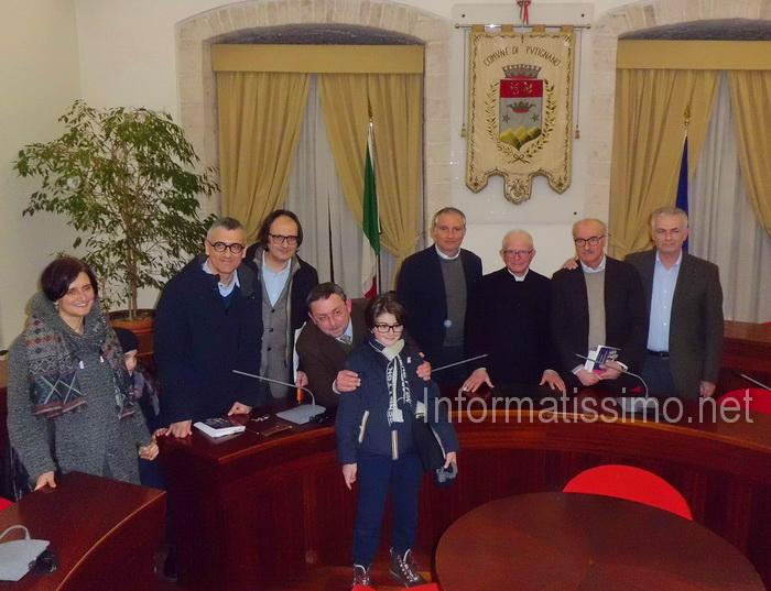 Libro_Sen_Mezzapesa_relatori_e_familiari_low