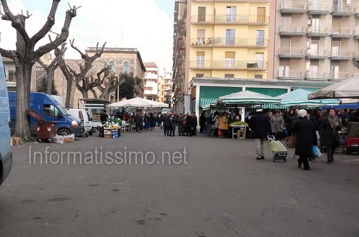 Mercato_settimanale_-_Sciopero_ambulanti