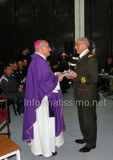 Mons._Padovano_con_il_Com._Prov_Ing._Cesare_Gaspari