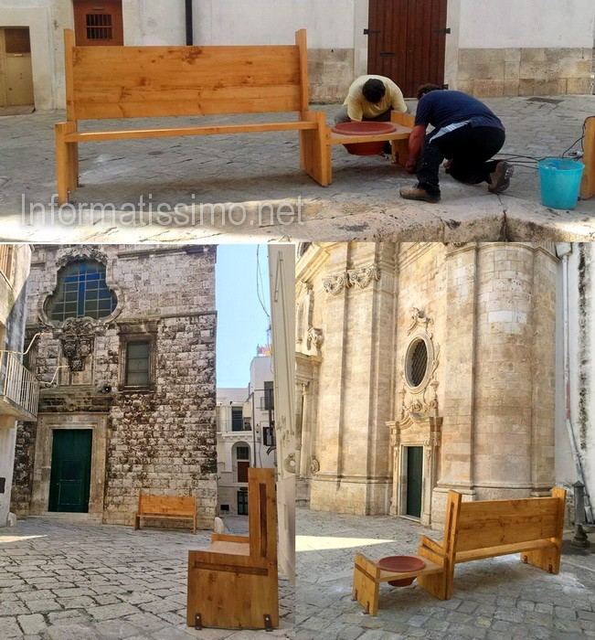 Panchine_centro_storico_-_Putignano