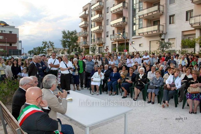 Pietro_Mezzapesa_inaugurazione_monumento2
