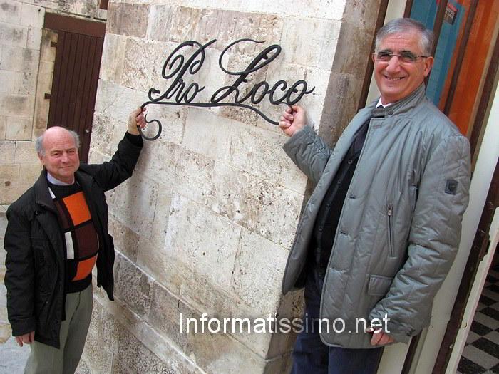 Pro_Loco_insegna_in_ferro_battutto