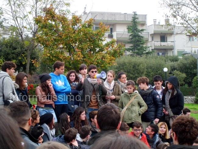 Protesta_liceali_3_Putignano