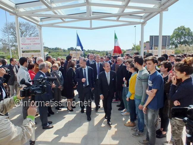 Schittulli_inaugurazione_scuole_Putignano