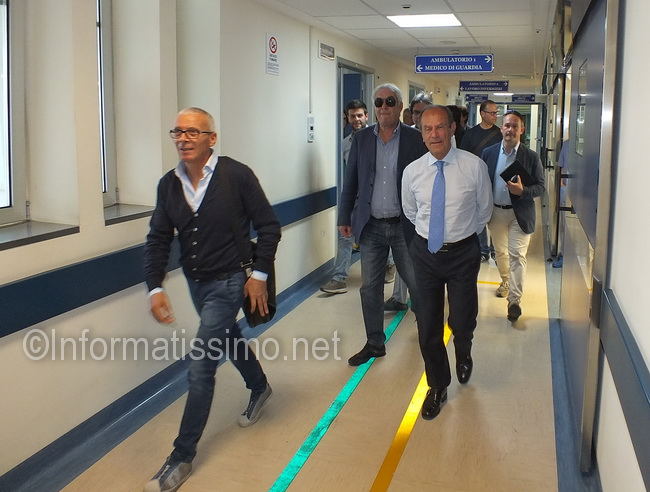 Schittulli_visita_Ospedale_di_Putignano12_low