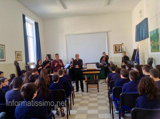 Scuola_Parini_lezioni_di_musica