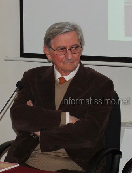 Sfogliando_Libri_-_Giuseppe_Napolitano_low