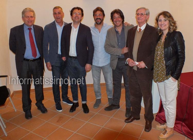 Sfogliando_Libri_-_Napolitano_low