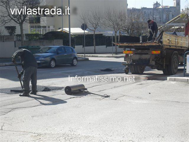 Via_Verdi_toppe_asfalto