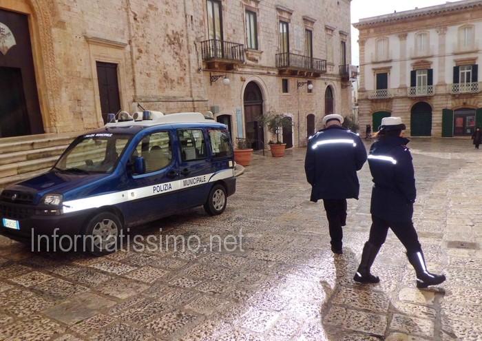 Vigili_centro_storico_Putignano