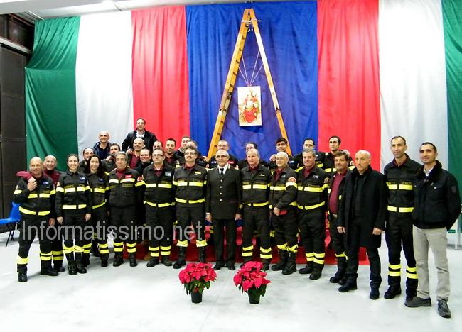 Vigili_del_fuoco_di_Putignano_S.Barbara_2011
