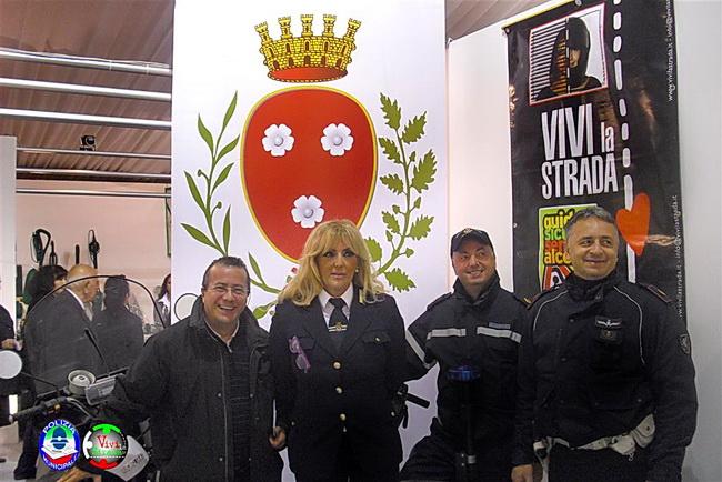 Vivi_la_Strada_-_Polizia_Municipale__Monopoli_in_fiera