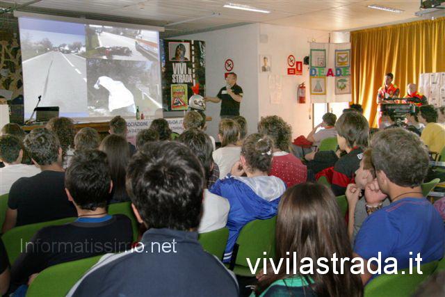 Vivilastrada_al_DellErba_di_Castellana_G