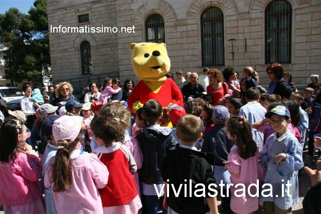 vivi_lastrada_Castellana_G._Asilo_2_circolo_De_Bellis