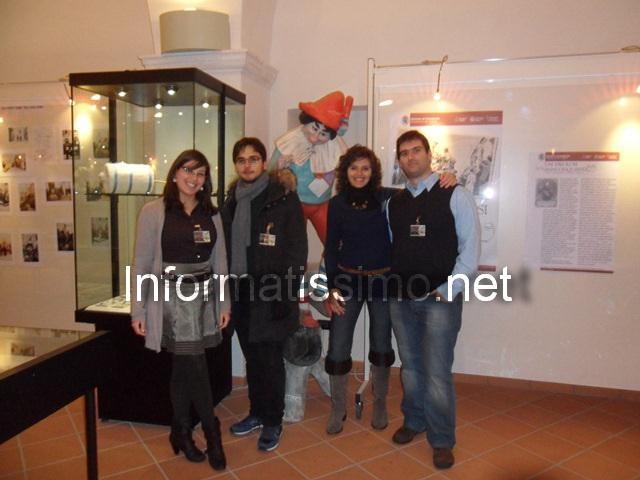 volontari_mostra_di_Farinella_2_web