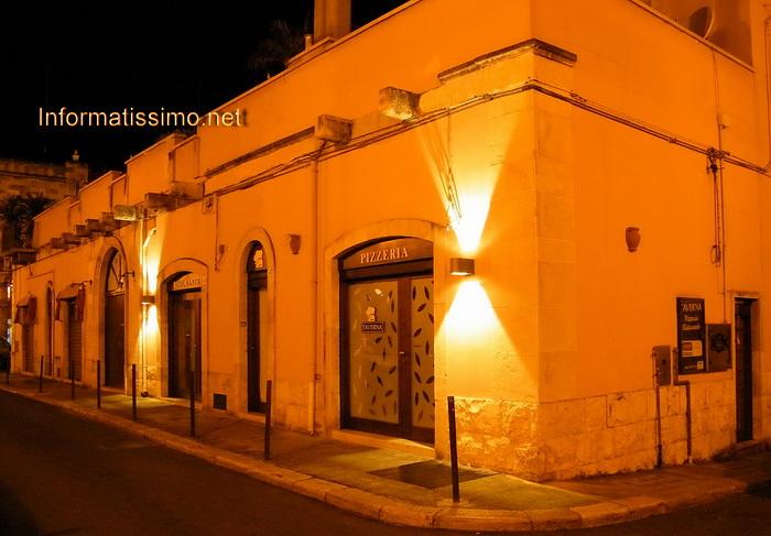 Taverna_esterno_low
