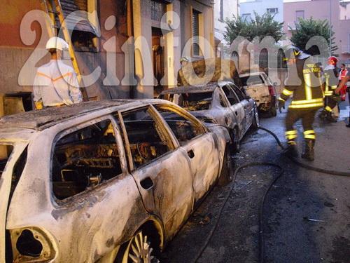 Auto_in_fiamme_Gioia_del_Colle_2_resize