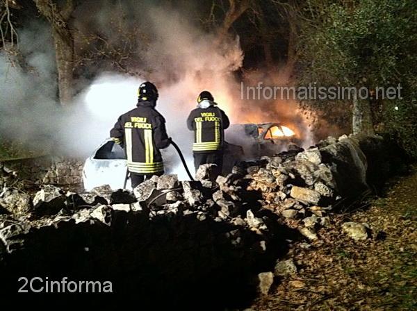 Auto_incendiate_a_Conversano_3