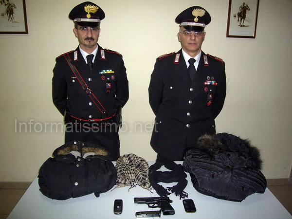 CC_Alberobello_indumenti_e_pistola_sequestrati