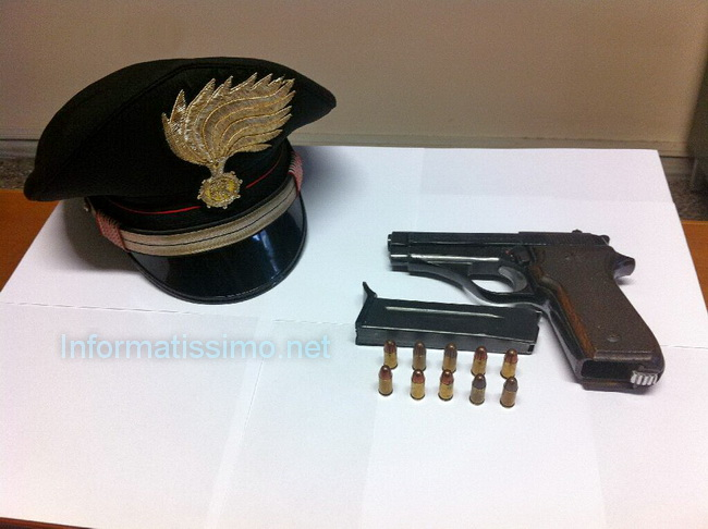 CC_Alberobello_pistola_sequestrata