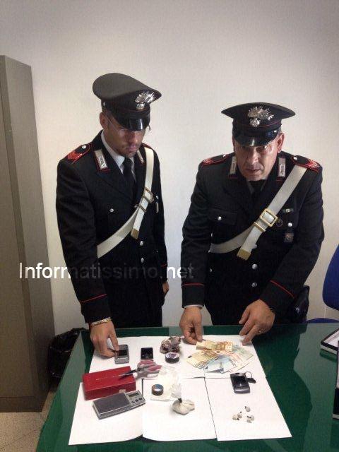 Due arresti per droga a castellana for Arresti a poggiomarino per droga