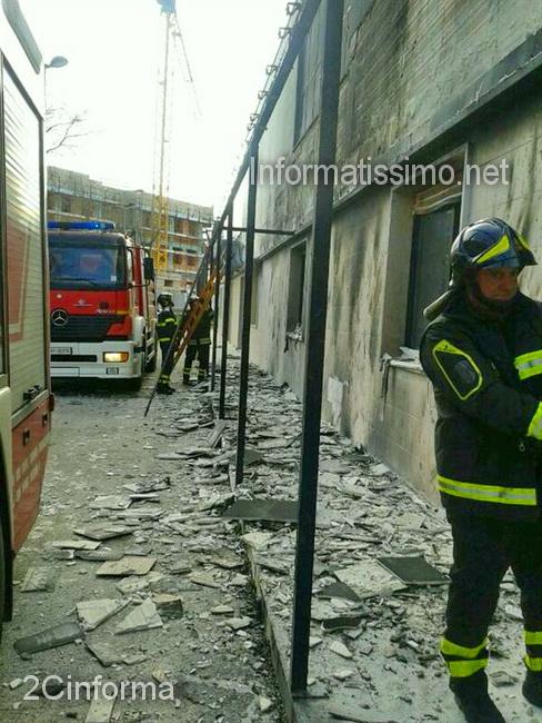 Castellana_Grotte_incendio_tettoia_irccs