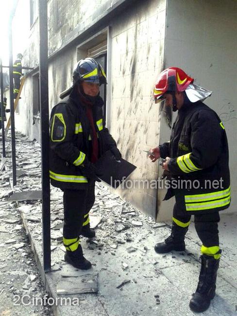 Castellana_Grotte_incendio_tettoia_irccs_2