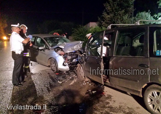 Castellana_incidente_Via_2_morti_2_feriti_b