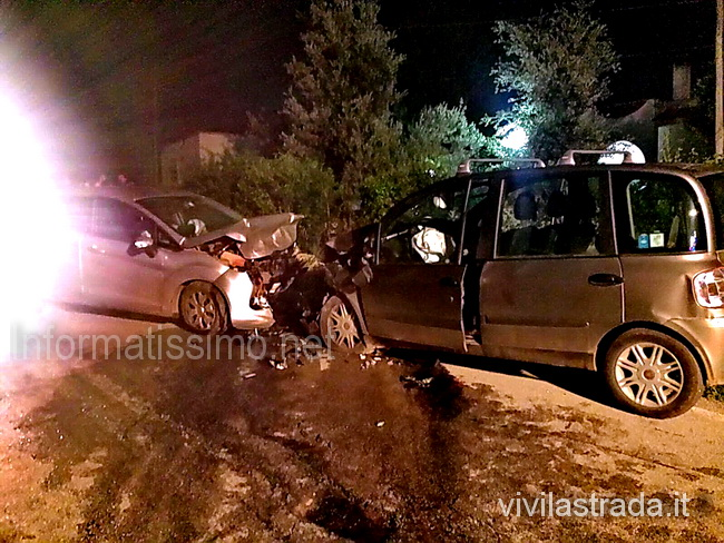 Castellana_incidente_Via_Selva_2_morti_2_feriti