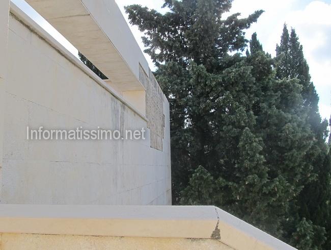 Cimitero_mattonelle_staccate2