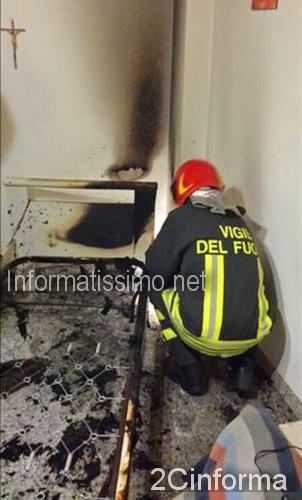 Fuoco_in_appartamento_Alberobello_5