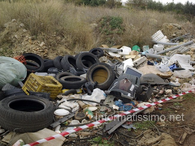 GdF_sequestro_discarica_Mola