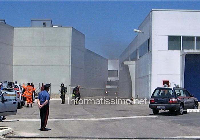 Incendio_Zona_Industriale7