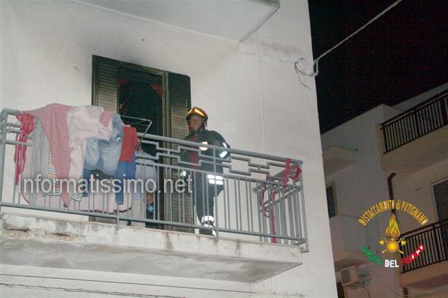 Incendio_appartamento_Polignano_2