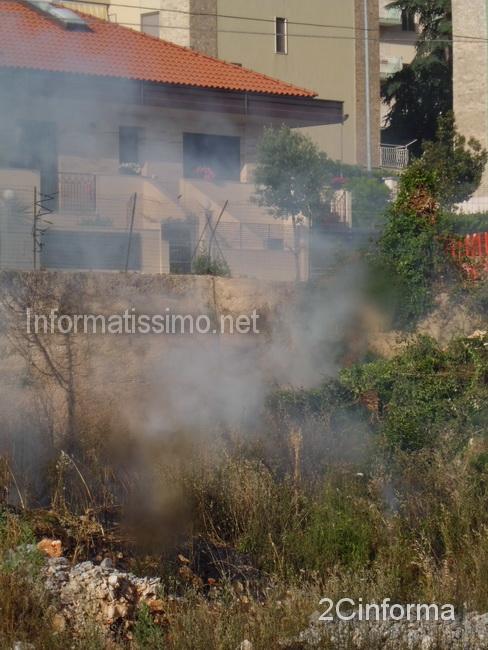 Incendio_sterpaglie_Via_F.lli_Bandiera4