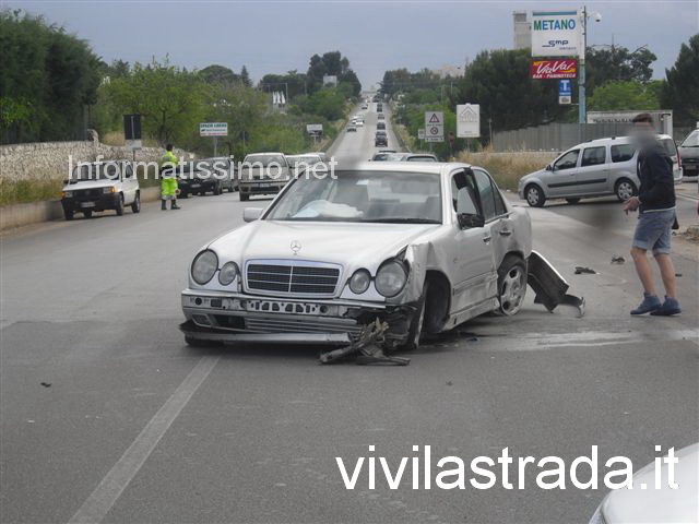 Incidente_Putignano_-_Castellana_Mercedes