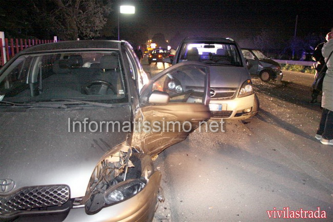 Incidente_a_tre_sulla_Putignano_-_Castellana_due_feriti