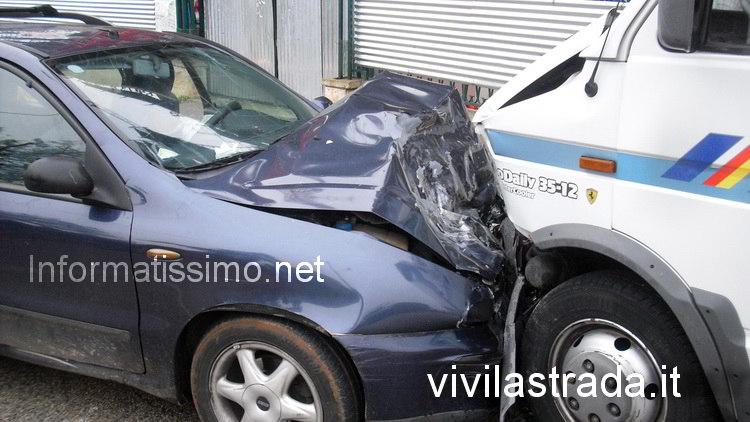 Incidente_mortale_SS_172_alle_porte_di_Putignano_2